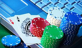 Quem sabe faz ao vivo - Diferenças entre o poker online e live/CardPlayer.com.br