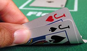Supervalorizando um bom jogo - Um erro que muitos amadores cometem/CardPlayer.com.br
