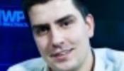 Russo leva a pior contra Michael Mizrachi/CardPlayer.com.br