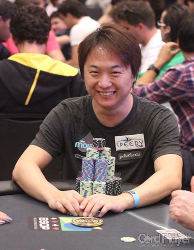 Stevan Wu (Main Event BSOP Millions Dia 2) /CardPlayer.com.br