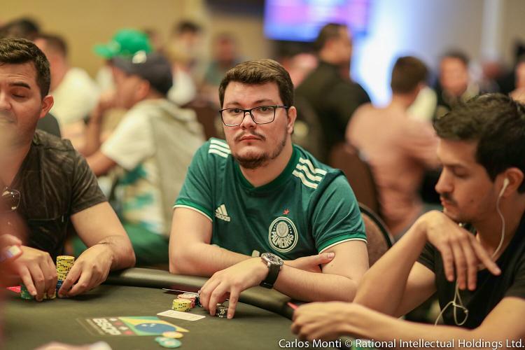"""Lincon """"lincownz"""" Freitas é campeão do Evento 5-HR da Powerfest/CardPlayer.com.br"""