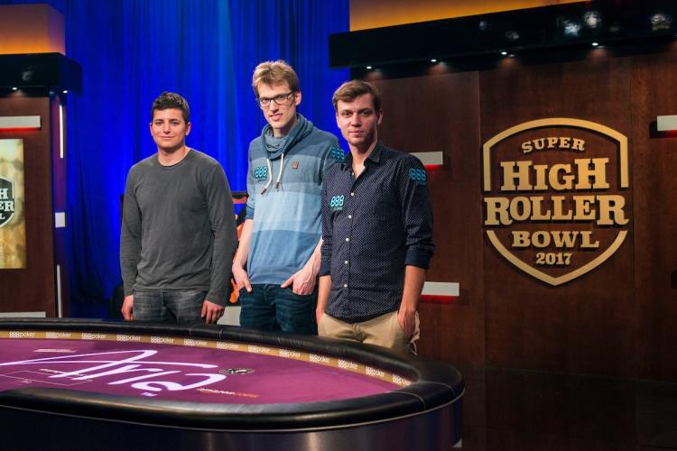Jake Schindler lidera os três finalistas do Super High Roller Bowl/CardPlayer.com.br