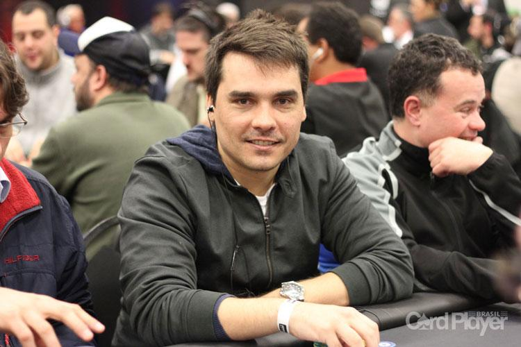 Lenda do poker nacional, Christian Kruel vence o Bounty Builder $215/CardPlayer.com.br
