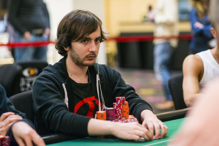 "Daniel ""Deoxyribo"" Strelitz puxa a fila na FT do WPT L.A. Poker Classic/CardPlayer.com.br"