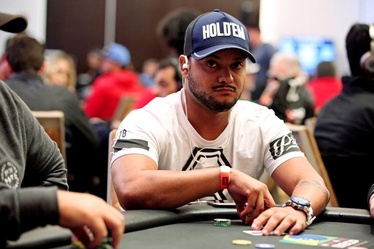 Édipo Damasceno larga na frente no Main Event do BSOP100/CardPlayer.com.br