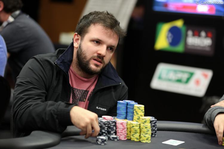 "Vitor ""VitinhO Dzi"" Dzivielevski faz FT no Sunday Million/CardPlayer.com.br"