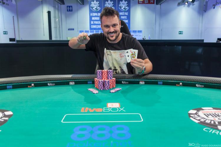 """Fabiano """"kdrAS"""" Teixeira crava o Main Event Turbo do WSOP Circuit Brasil/CardPlayer.com.br"""