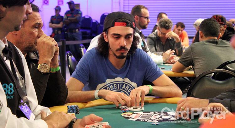 "Victor ""Tu Ta Tenso?"" Talamini conquista o título do Big $215/CardPlayer.com.br"