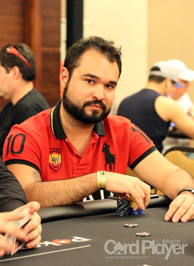Ariel Celestino conquista o título do Bounty Builder $109/CardPlayer.com.br