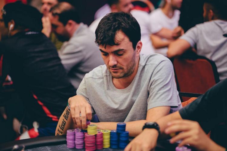 Stetson Fraiha é o novo líder do Main Event do KSOP Belo Horizonte/CardPlayer.com.br