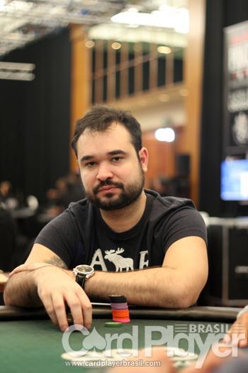 14 brasileiros avançam para Dia 2 do Main Event do WSOPC; Ariel Bahia tem o maior stack/CardPlayer.com.br