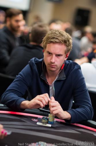 "Viktor ""Isildur1"" Blom fatura US$ 199 mil nos high stakes/CardPlayer.com.br"