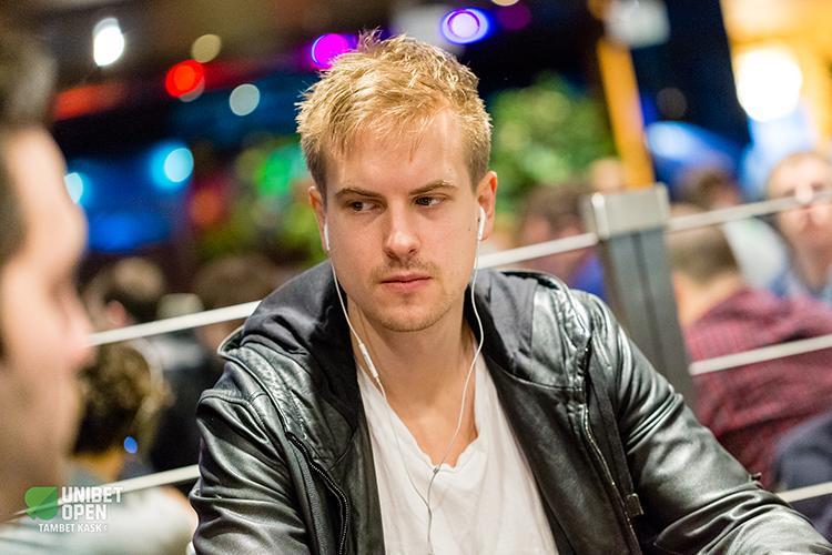 """Viktor """"Isildur1"""" Blom fatura US$ 650 mil nos high stakes em maio/CardPlayer.com.br"""