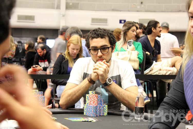 Rafael Moraes lidera os brasileiros no Dia 2 do Evento 66 da WSOP/CardPlayer.com.br