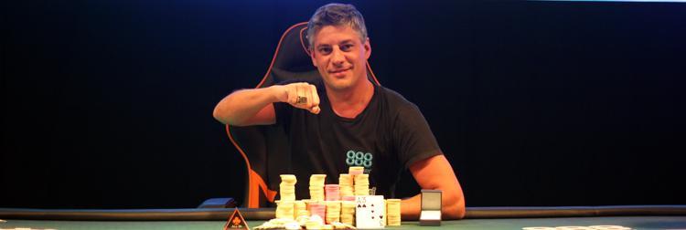 Seis brasileiros chegam à mesa final do Evento 13 do WSOPC, mas título fica com a Argentina/CardPlayer.com.br