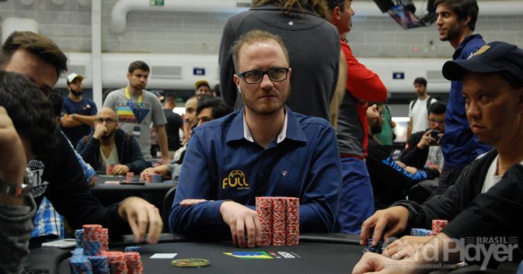 "Felipe ""hipowrock"" Bozzetti assume a liderança do BSOP Millions/CardPlayer.com.br"