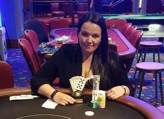 Jogadora Emma Fryer morre durante viagem para a WSOP Europa/CardPlayer.com.br