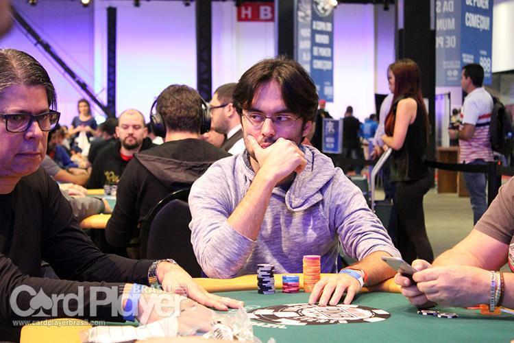 """Pedro """"peterwhooo"""" Correa é vice do Bounty Builder $215/CardPlayer.com.br"""