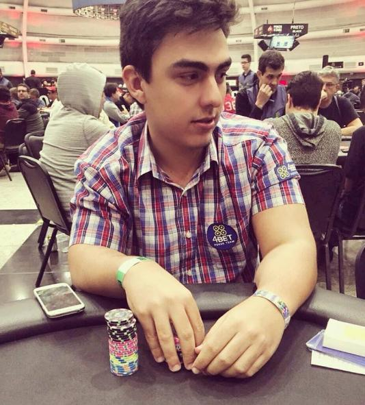 "João ""Ruis Maker"" Ruis é eliminado na bolha da FT do Main Event High da Winter Series/CardPlayer.com.br"