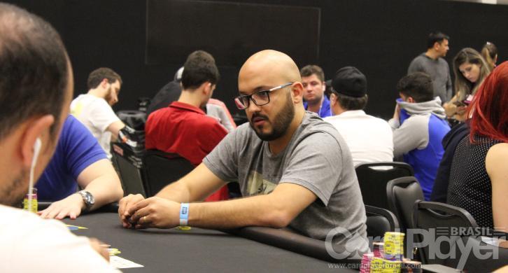 """Diego """"Mr.Bittar"""" Valadares é vice do $530 Bounty Builder High Roller/CardPlayer.com.br"""