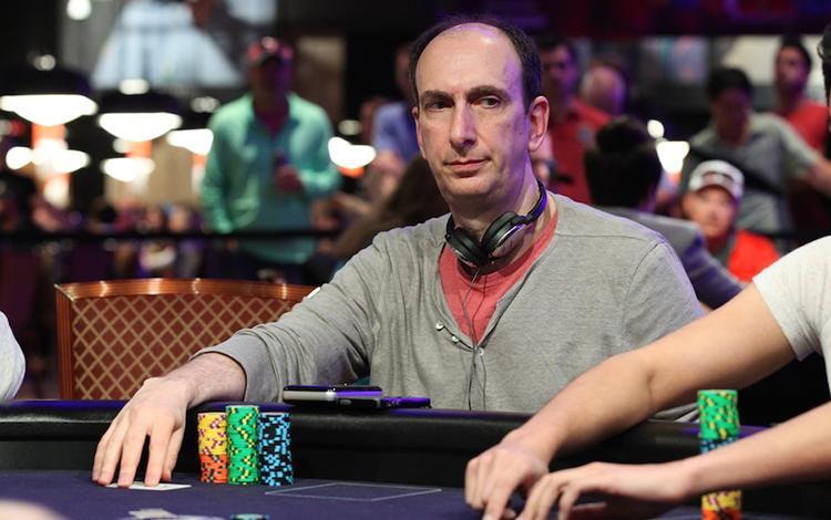Erik Seidel é o segundo jogador a quebrar barreira de US$ 30 milhões em ganhos nos torneios ao vivo/CardPlayer.com.br