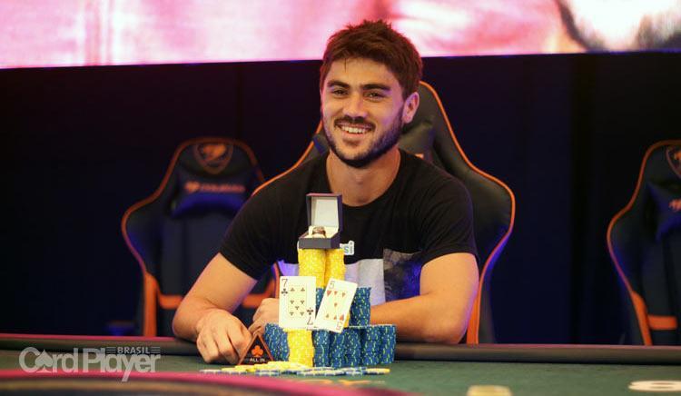 """Lenda uruguaia, Fabrizio """"sixthsense19"""" González vence Main Event do WSOPC Uruguai/CardPlayer.com.br"""