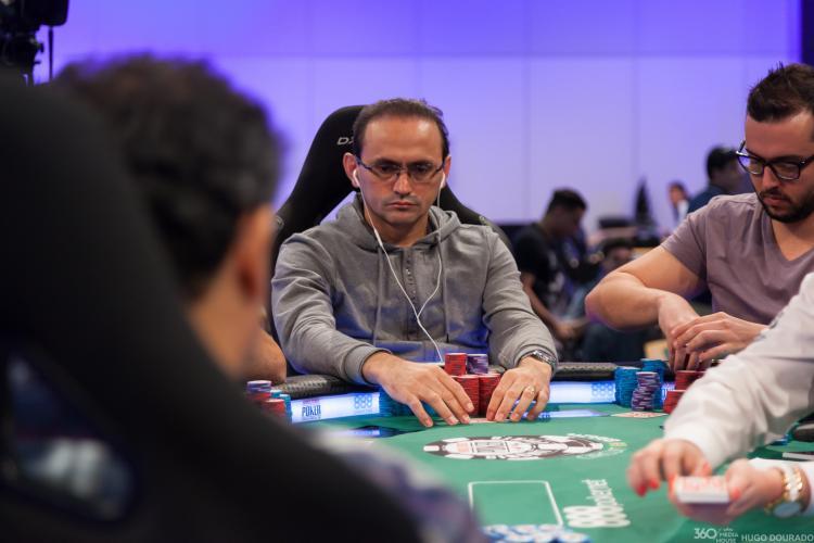 Oderlândio Moura avança no Global Casino Championship/CardPlayer.com.br