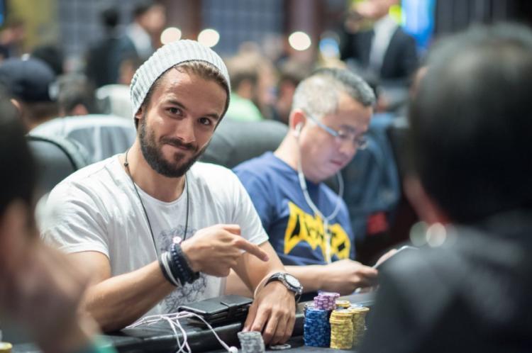 Yuri Martins assume a liderança do Asia Championship of Poker/CardPlayer.com.br