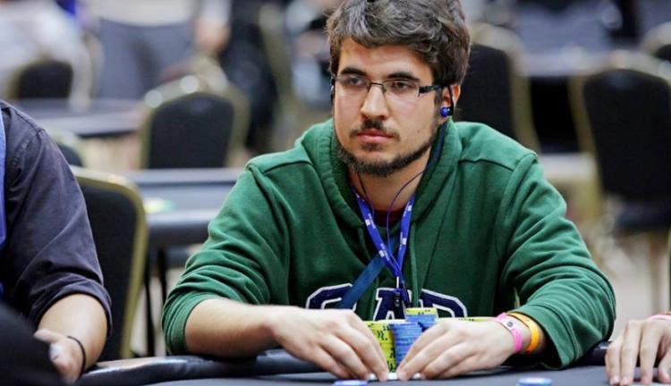 """Victor """"Headão"""" Begara crava torneio em Portugal/CardPlayer.com.br"""