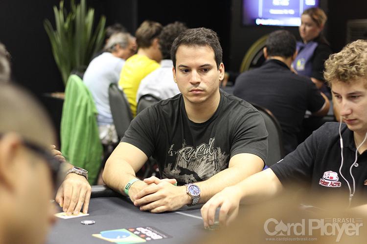 Rafael Monteiro conquista a tríplice coroa dos torneios online/CardPlayer.com.br