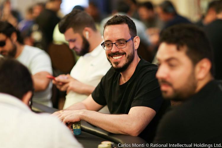 Cássio Kiles lidera sexteto brasileiro no Dia 5 do Main Event da WSOP/CardPlayer.com.br