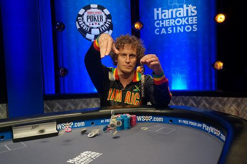 Warren Sheaves fatura o bracelete do Global Casino Championship/CardPlayer.com.br
