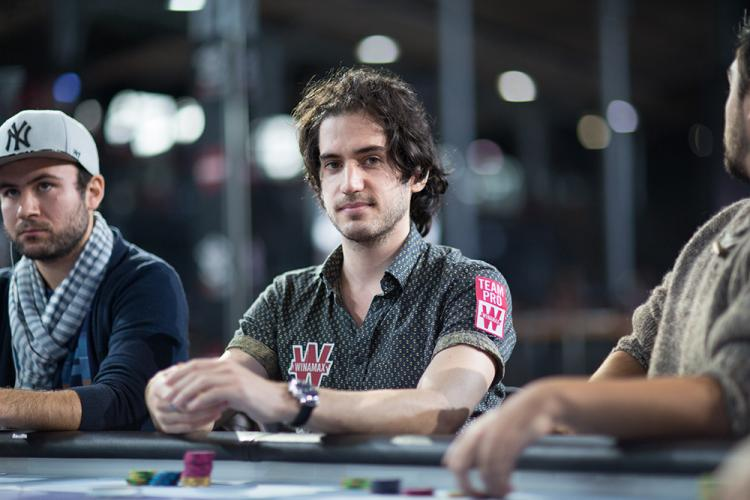 "Alex ""BiatchPeople"" Luneau fatura US$ 211 mil nos high stakes/CardPlayer.com.br"