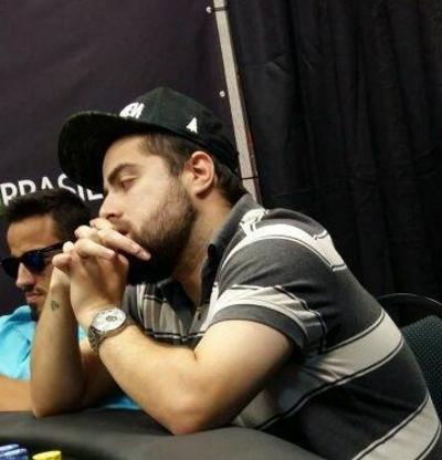 "Lorenzo ""charlie580"" Bazei é vice do Super-Sized Sunday/CardPlayer.com.br"