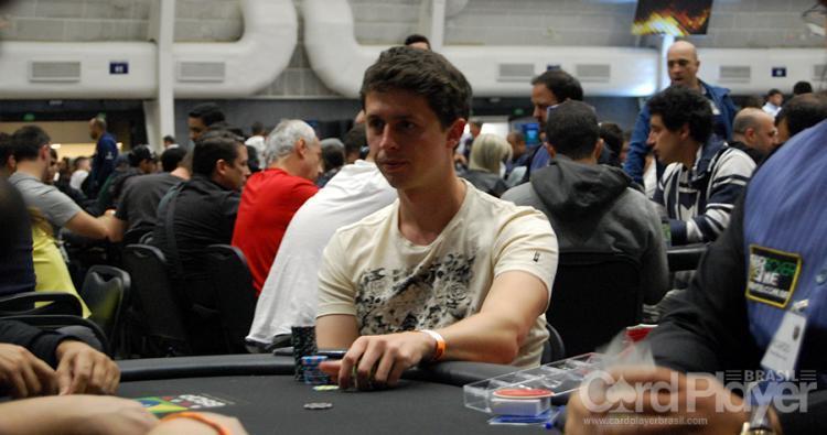 Bruno Volkmann é campeão do Bounty Builder $109 e do $109 BIG Bounty Hunter/CardPlayer.com.br