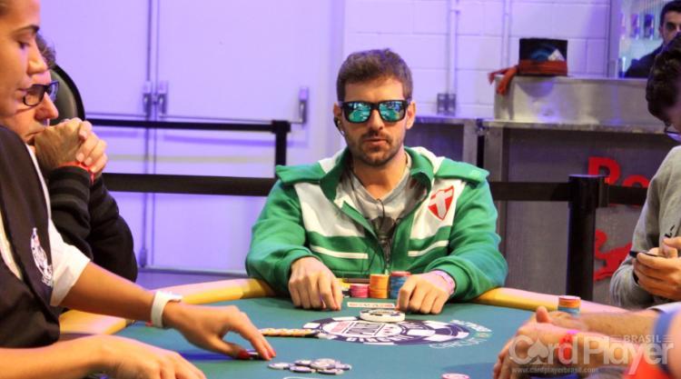 """Marco Aurélio """"Salsicha"""" Alves faz FT no Sunday Million/CardPlayer.com.br"""