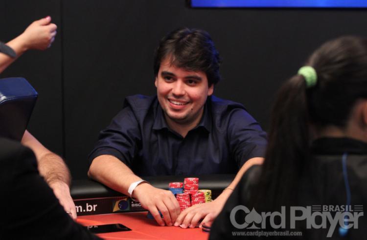 "Vinicius ""vinifenomeno"" Teles crava Bounty Builder $109/CardPlayer.com.br"