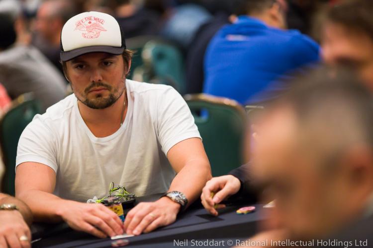 "Theo ""theolimasp"" Lima fatura US$ 49 mil nos high stakes/CardPlayer.com.br"