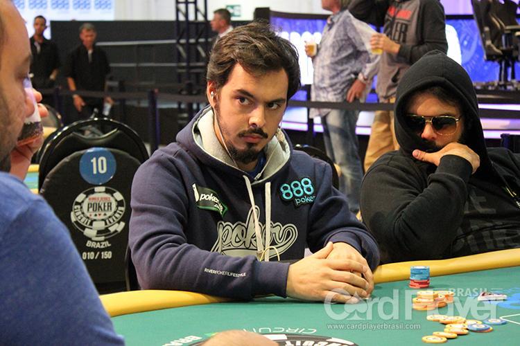 """Nicolau """"nicofellow"""" Villa-Lobos conquista o título do Bounty Builder $215/CardPlayer.com.br"""