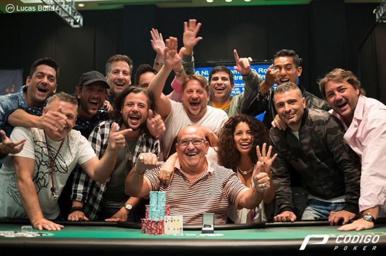 """Em mesa final com Simão, """"Negriin"""" e Alache, campeão de HR do WSOPC é Rolando Soria/CardPlayer.com.br"""