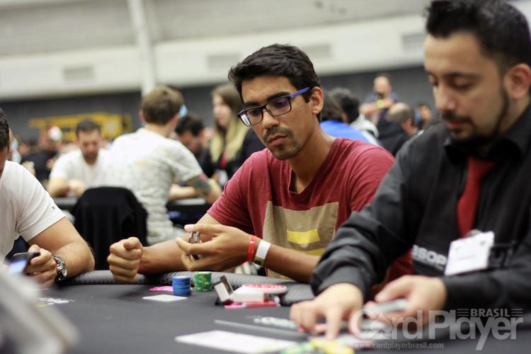 """Pablo """"pabritz"""" Brito leva a melhor no $1.050 Wednesday High Roller/CardPlayer.com.br"""