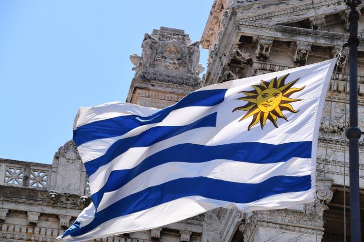Governo do Uruguai vai bloquear sites de poker/CardPlayer.com.br