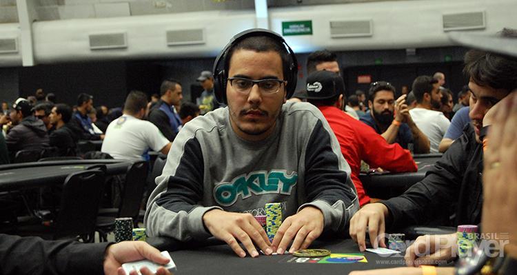 Luis Eduardo Garla dá show no partypoker/CardPlayer.com.br