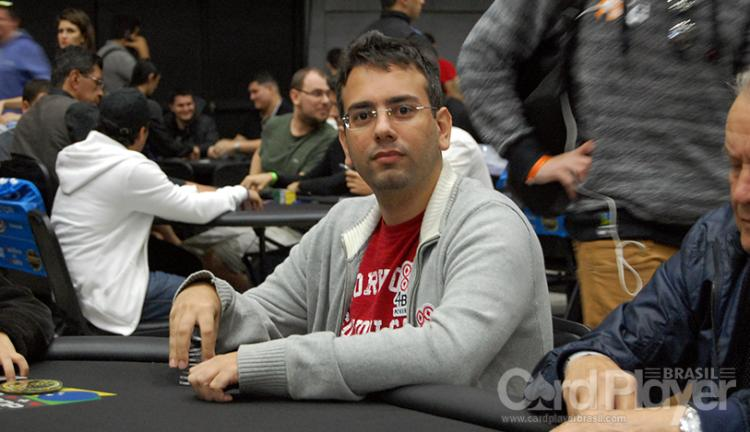 André Sá puxa a fila no Dia 3 do Main Event do WSOP Circuit Uruguai/CardPlayer.com.br