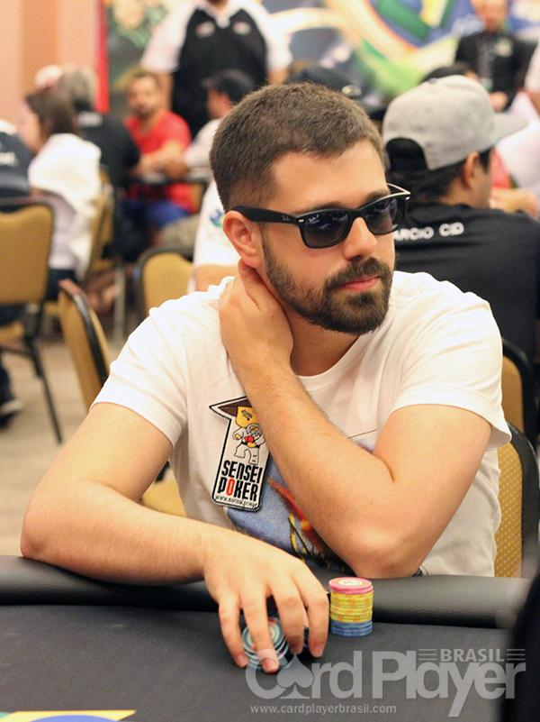 "Felipe ""lipe piv"" Boianovsky sobe ao pódio do Super-Sized Sunday/CardPlayer.com.br"