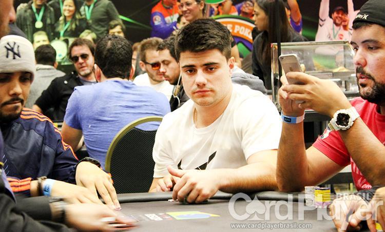 """Ramon """"ZéDoBlefe11"""" Sorgatto leva a melhor no Hot $215/CardPlayer.com.br"""
