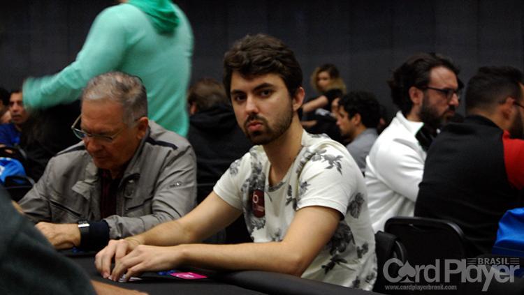 "Gustavo ""gustavo5454"" Hoffman crava o Sunday Cooldown/CardPlayer.com.br"