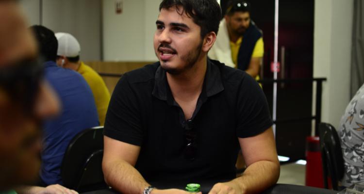 "Ivan ""Ivan limeira"" Limeira crava $215 Monday 6-Max/CardPlayer.com.br"