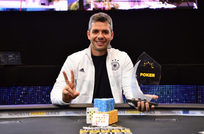 Isaac Lazera crava a NPS Grand Final/CardPlayer.com.br