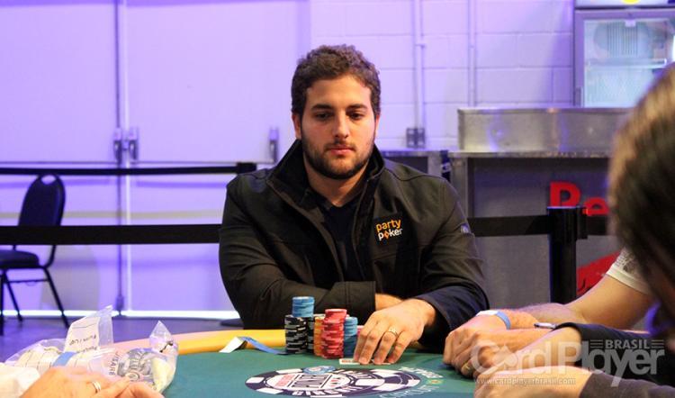 João Simão apronta nos três principais sites de poker/CardPlayer.com.br